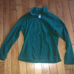 Green Patagonia fleece